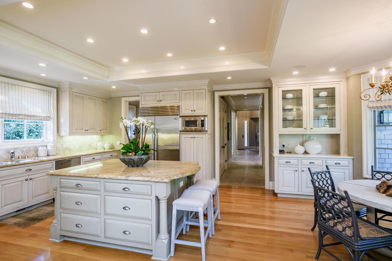 30 Amador Ave Atherton CA-large-027-93-Kitchen-1500×1000-72dpi